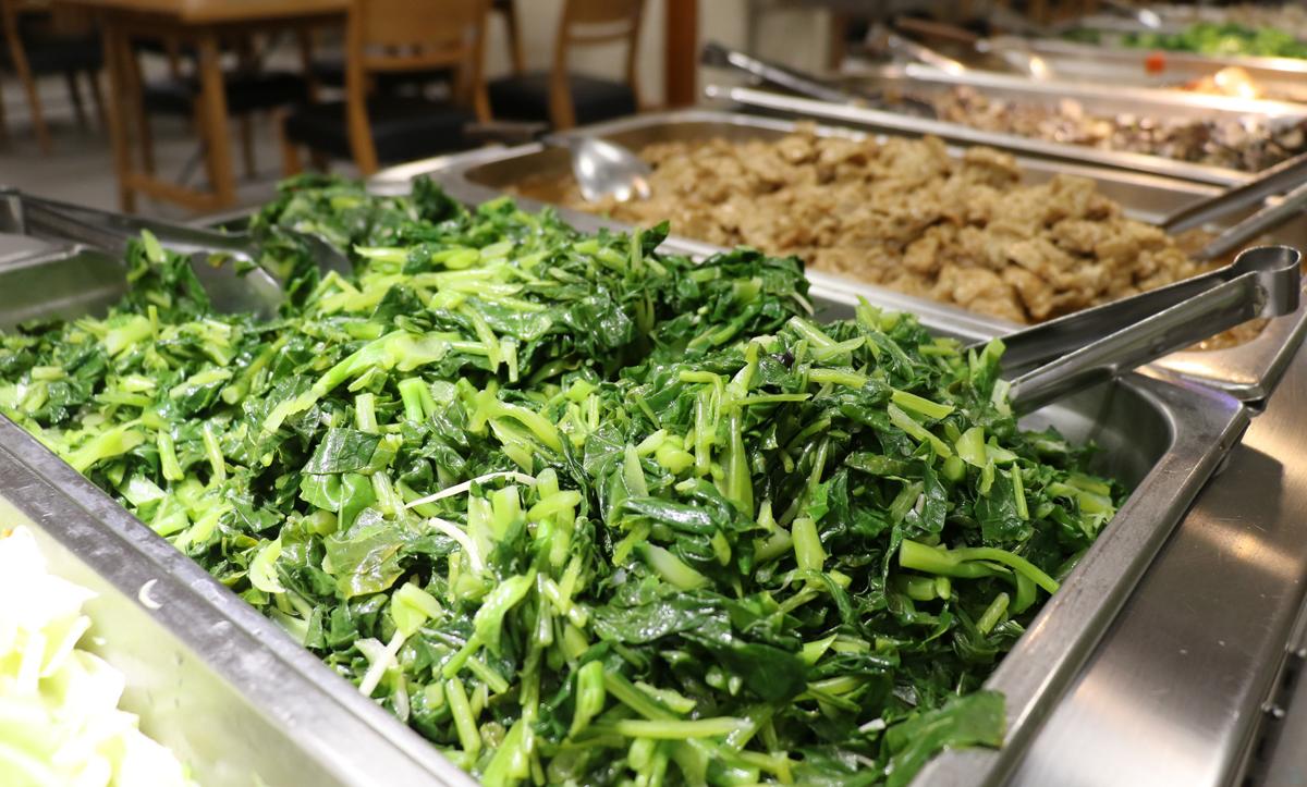 綠色纖維質蔬菜務必攝取足夠,每餐兩種。
