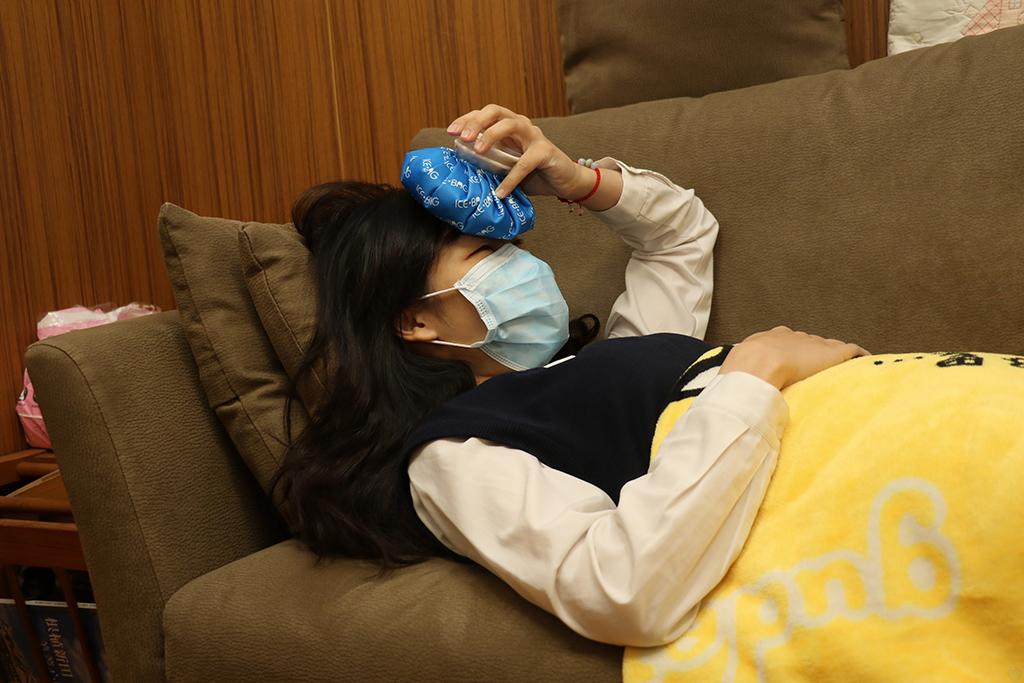 高燒、全身痠疼應快就醫確認是否流感。
