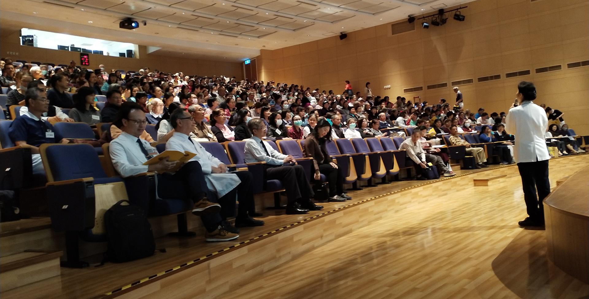 臺中慈濟醫院緩和關懷研習學員滿座