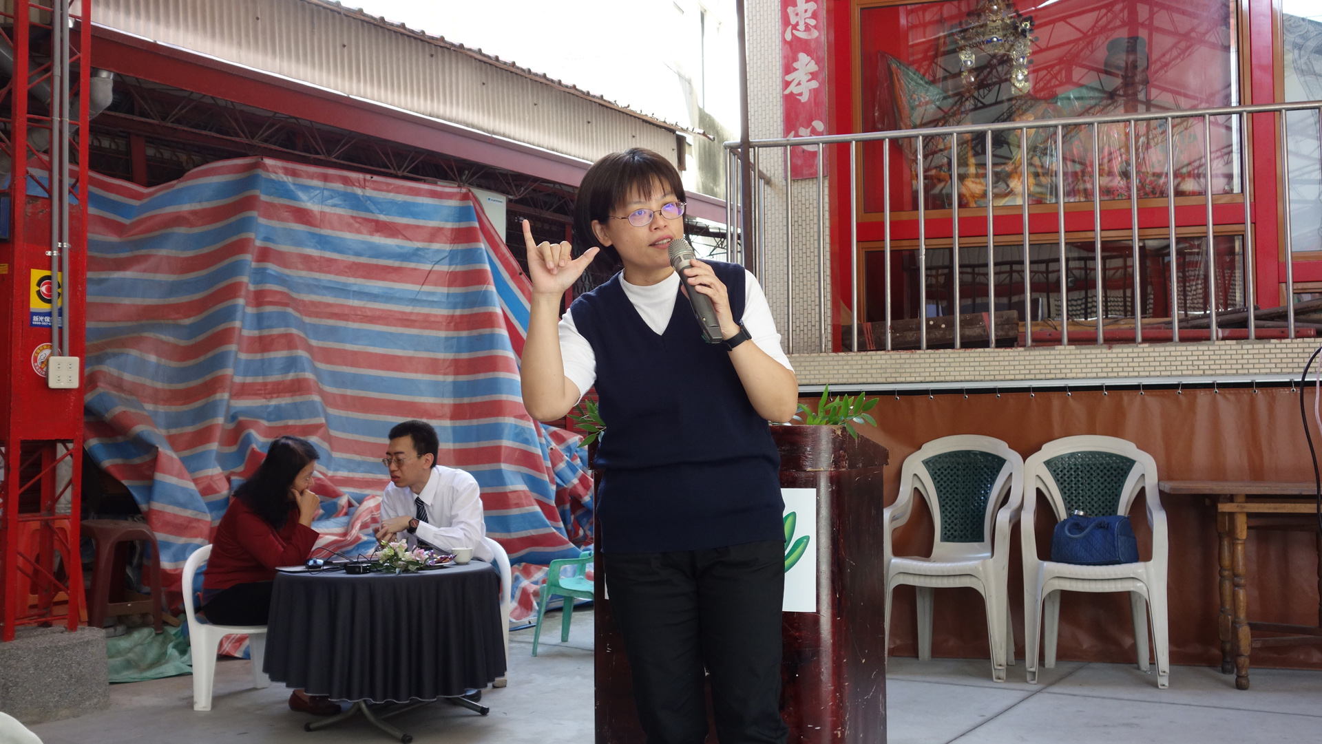 營養師黃靖琇與民眾分享均衡飲食六口訣