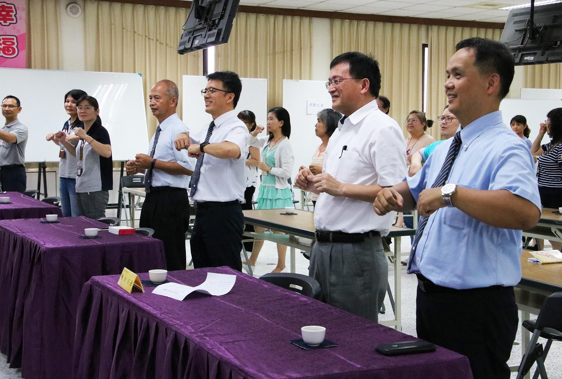 台南市衛生局「蔬食享健康 環保低碳一起來」活動並結合〈我的餐盤〉、〈吃菜尚介讚〉帶動。