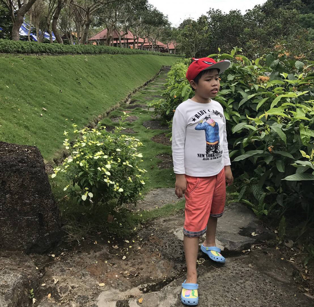 呂宜昌在越南永隆省 (Vĩnh Long, Việt Nam)的出遊照片。