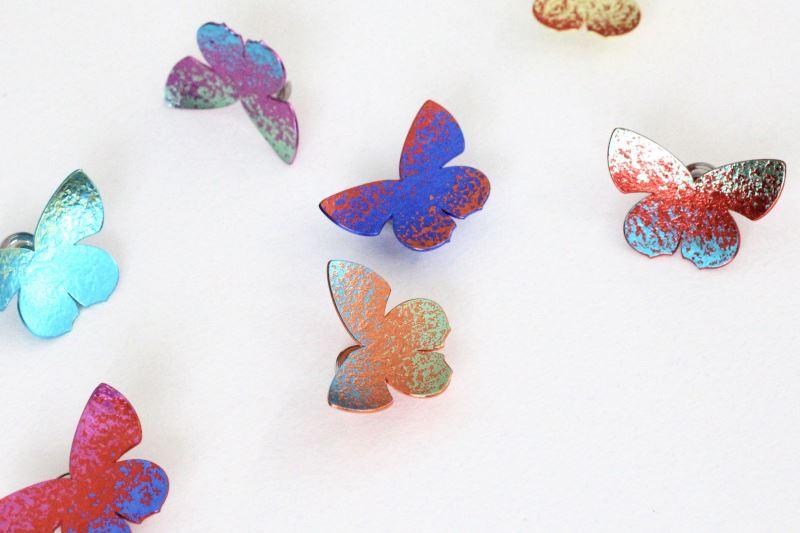 日本工藝家安藤康裕〈彩虹〉。