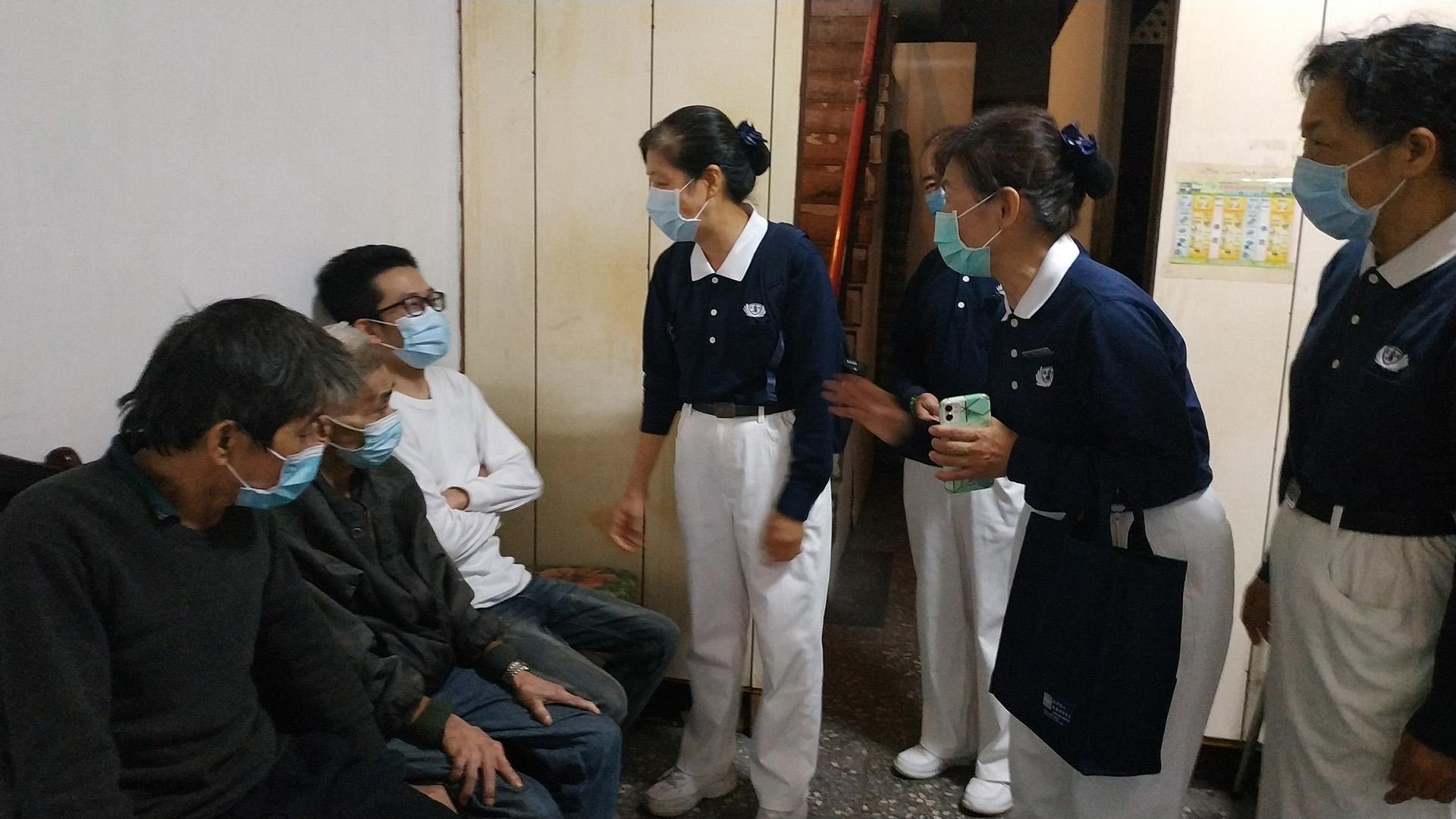 鄉公所協助受災戶修繕,5月3日慈濟志工前往關懷。